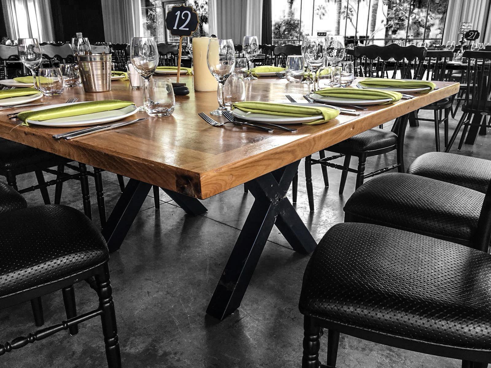 שולחן עץ למסעדה, שולחנות עץ למסעדה